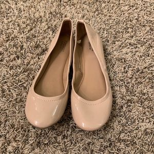 Nude leather mossimo ballet flats
